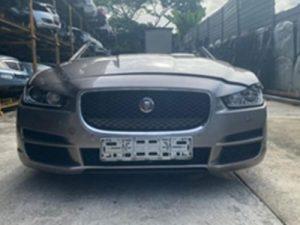Jaguar XE Half Cut