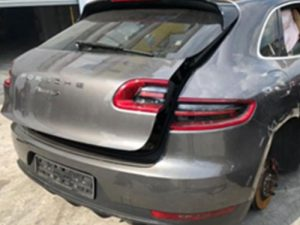 Porsche Macan Rear Cut