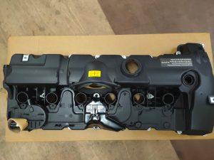 BMW E60,E70,E84,E90,F10,F25 N52 ENGINE VALVE COVER (11127552281)